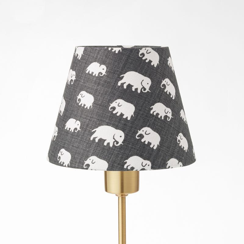 Lampskärm Spänd 2444 - Lin, Elefant, Grå | Svenskt Tenn